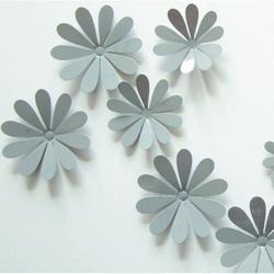 3D Klebe Blumen an der Wand - Grau - 1 Packung enthält 12 Stück
