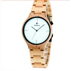 Hölzerne Armbanduhr - CARY
