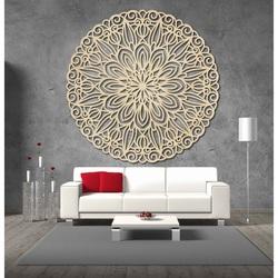 Geschnitztes hölzernes Bild der Blumenmandala auf einer Wand des Sperrholzes